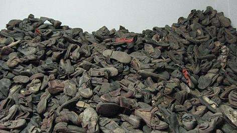 Schuhe von Mordopfern der Nazis, ausgestellt im KZ Stammlager Auschwitz 1